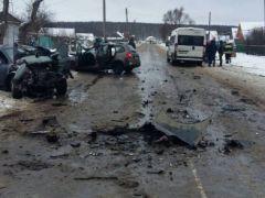 В Ибресинском районе устанавливаются обстоятельства ДТП, в котором один человек погиб и четверо получили ранения ибреси ДТП