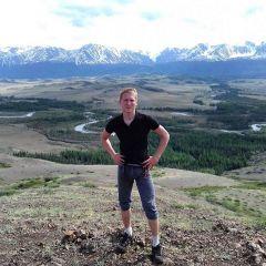 За спиной Никиты Северо-Чуйский хребет (Алтай).Китай позади,  впереди — родная Чувашия Дневник Чувашского путешественника