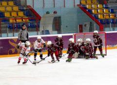 В Новочебоксарске стартовал хоккейный турнир, посвященный Дню Защитника Отечества ХК Сокол
