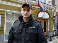 сержант полиции Виктор ФедоровВладимир Колокольцев наградил сотрудника ялтинской полиции медалью «За смелость во имя спасения»
