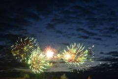 fieiiervierki.JPGНовочебоксарцы на День Республики смогут увидеть лучшие салюты Международный фестиваль фейерверков День Республики-2013