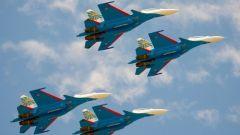 full-1549781919d67a2daa39f19726d30a60e4103822e2.jpeg«Русские витязи» показали новую фигуру высшего пилотажа Русские витязи пилотажная группа