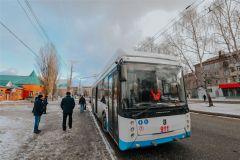 Троллейбус № 100 поехал по удлиненному маршруту Троллейбус № 100