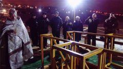 hd_24krieshchieniie.jpg В Новочебоксарске более 1600 человек окунулись в купелях в Крещенскую ночь 19 января — Крещение Господне