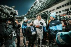 Артём Дзюба встретился с юным футболистом из Чувашии