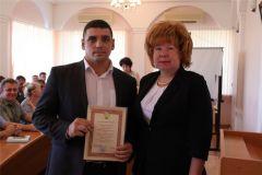 В Новочебоксарске наградили лучших организаторов празднования 74-й годовщины Победы