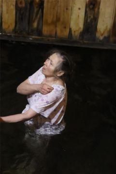 Новочебоксарск: в Крещенскую ночь горожане окунаются в купелях у Собора святого князя Владимира