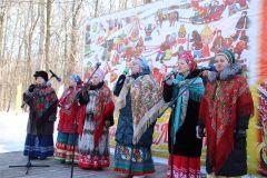 На сцене выступили лучшие творческие коллективы Новочебоксарска. Фото nowch.cap.ruВпереди нас ждет только самое хорошее масленица в Новочебоксарске Масленица
