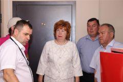 Глава Минстроя Чувашии Алексей Грищенко посетил долгострои по ул. Южной и Речному бульвару