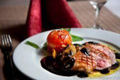 В Германии фотографирование еды является нарушением авторского права еда ресторан авторское право