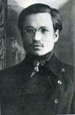 Поэт, историк,  переводчик память