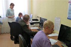 В компьютерном классе ЦСОННовочебоксарский ЦСОН продолжает обучать людей старшего возраста компьютерной грамотности цсон