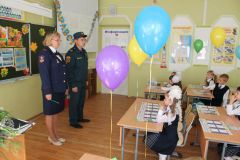 img_2261.jpgУроки безопасности в Новочебоксарских школах продолжаются
