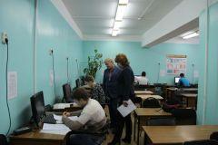 Сергей Михеев и Ольга ЧепрасоваВ Новочебоксарске состоялась комплексная олимпиада по физике, математике и информатике образование