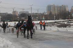 В Чебоксарах впервые разыграли Зимний кубок Чувашии по конным бегам Новый год-2018