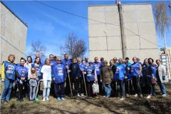 img_6099subbotnik.JPGДепутаты городского Собрания Новочебоксарска вышли на субботник экологический субботник