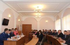 Министр строительства Владимир Михайлов провел в Новочебоксарске совещание по вывозу мусора и подготовке к отопительному сезону