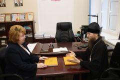 img_9726.jpgОсвященные веточки вербы волонтеры доставят верующим на дом по заявкам Пасха коронавирус