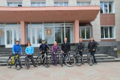 Показали пример: сотрудники администрации Новочебоксарска приехали на работу на велосипеде
