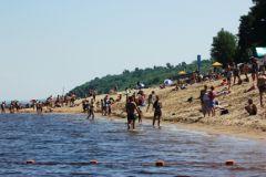 Купальный сезон: в республике начали действовать 11 пляжей из 15 пляж