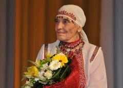 Вера КузьминаЛюбимой актрисе — орден Почета Вера Кузьмина
