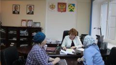 На личном приеме главы администрации Новочебоксарска горожане жалуются на не вывезенный со дворов мусор