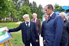 mar_0778_1.jpgВ Чувашии отметили 88 лет со дня рождения Андрияна Николаева Андриян Григорьевич Николаев