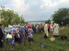 август, 2016 г. Молебен на месте будущего храма. Заложен фундамент храма блаженной Ксении Палитра событий