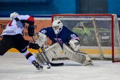 Денис Мотошин  отразил 774 броска хоккей Лауреаты сезона