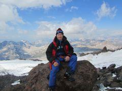 """Андрей Терентьев: """"Нет ничего приятнее, когда достигаешь своей цели"""".Лучший отдых — испытания в горах! Эльбрус горы альпинист Активное долголетие"""