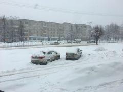 """25 марта на территории республики ожидается """"желтый"""" уровень опасности в связи с сильным снегопадом Погода метель снегопад"""