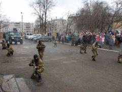 politsiia_7.jpgПолицейские показали «класс» новочебоксарцам  Новочебоксарск Классный полицейский Дети Безопасность Акция
