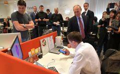 """Путин в """"Яндексе"""". Фото с сайта kremlin.ruПрезиденту представили """"Алису"""" импортозамещение"""