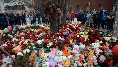 Среда, 28 марта, объявлена общероссийским днем траура в связи с трагедией в Кемерове траур россия
