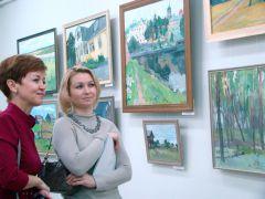 radugha_vystavka_1.jpgВ чебоксарском КВЦ «Радуга» открылась выставка новочебоксарской художницы Марии Любимовой Радуга Выставка