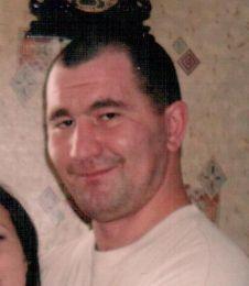 rozysk.jpgРазыскивается подозреваемый в особо тяжком преступлении житель Коми Розыск