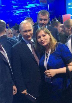 s_VVP_cr.jpgПутин на расстоянии  вытянутой руки Вдадимир Путин