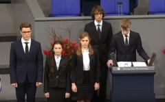 Школьники из города Новый Уренгой в Бундестаге.Забыть войну и простить? Готовы ли мы к этому? По следам одного выступления Бессмертный полк