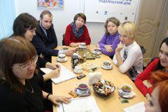 """siemia.jpgВ редакции """"Граней"""" состоялся круглый стол по проблемам семьи"""