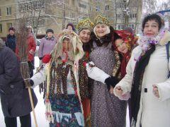 Фото www.nowch.cap.ruДвор пел и плясал
