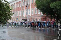 Вчера в Саратове к мощам Спиридона Тримифунтского выстроилась очередь православие