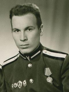 Вячеслав АлександровЯ родился 1 января Я родился 1 января