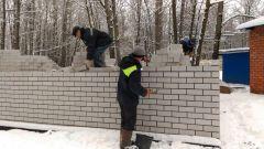 В роще строят первый общественный туалетПервый общественный туалет в Новочебоксарске построят в роще общественный туалет Ельниковская роща городская среда благоустройство