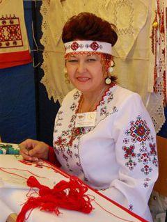 vaz_350x526.jpgЛюбовь Вазюкова примет участие в Московской межрегиональной выставке  культура народные промыслы