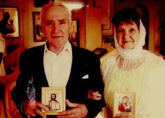 Венчались Сергей и Нина Жарковы в церкви святого Николая Чудотворца. Фото из семейного архива ЖарковыхПокорила неприступностью С Днем семьи любви и верности!