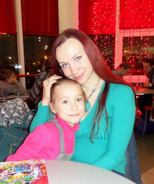 Рада Беззубова с мамой Лилией