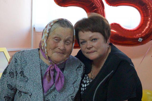 Татьяна Николаевна Карпова с мамой Еленой Алексеевной Безрученко