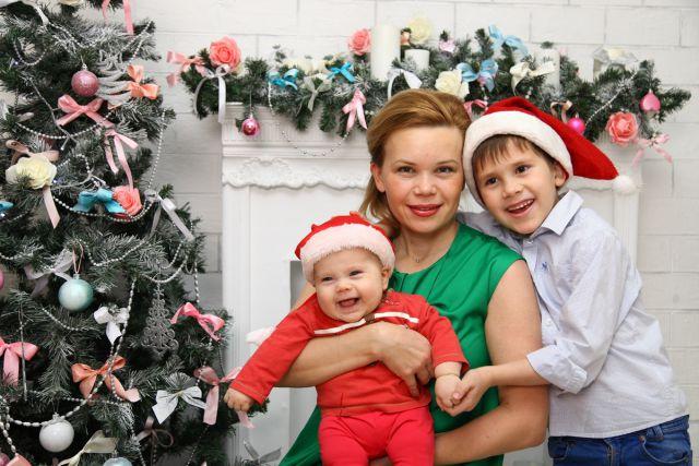 Тимофей и Фадей Мышляевы с мамой Ольгой