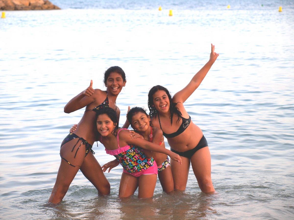 Девочки на голом пляже фото 193-755